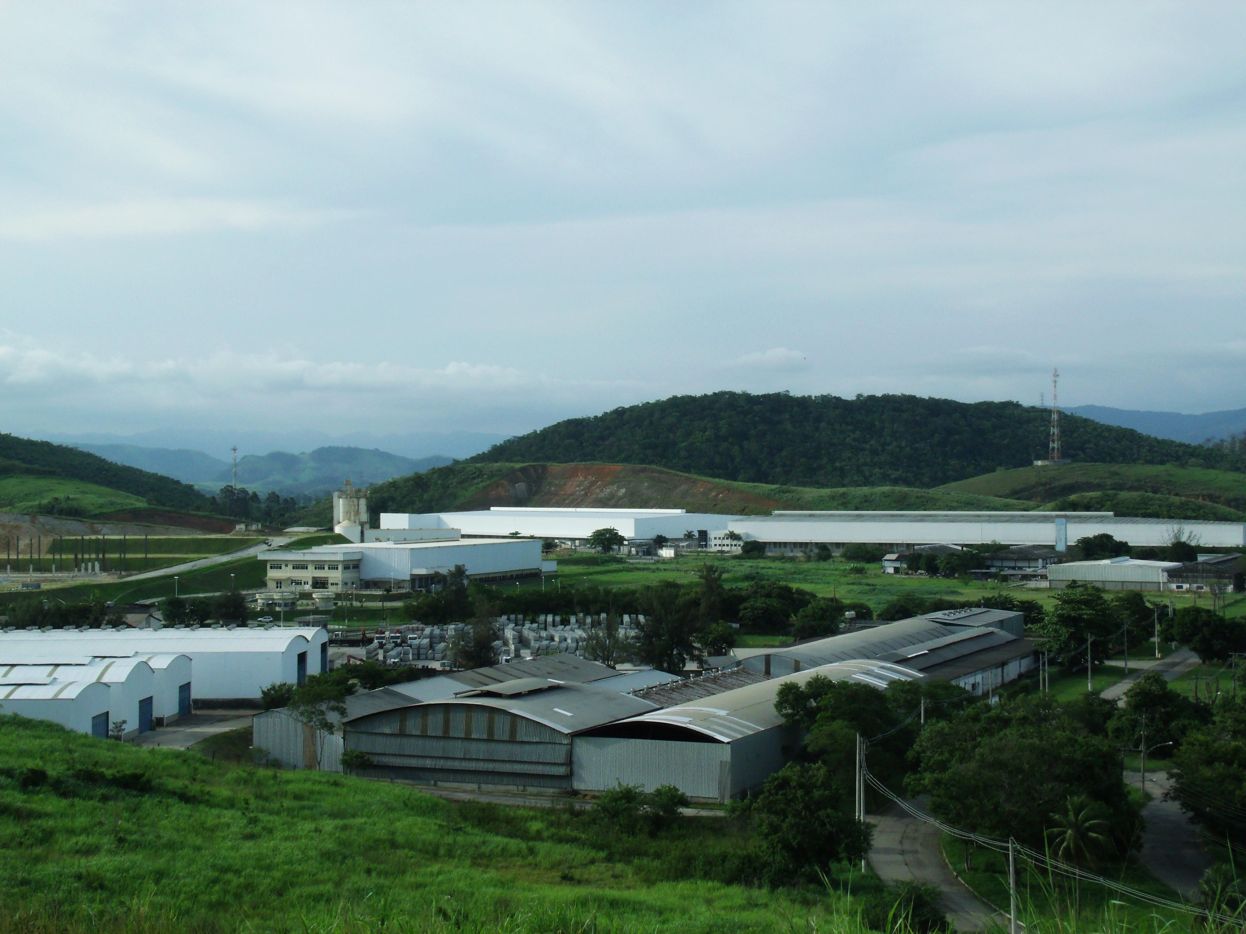 Distrito Industrial de Queimados: industrialização avançou, mas não é suficiente. Foto: Douglas Mota/BaixadaZine